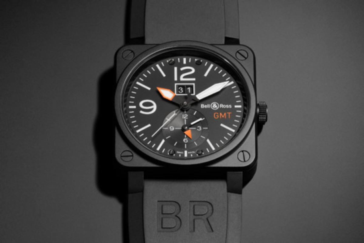 bell-and-ross-br-03-gmt-carbon-03