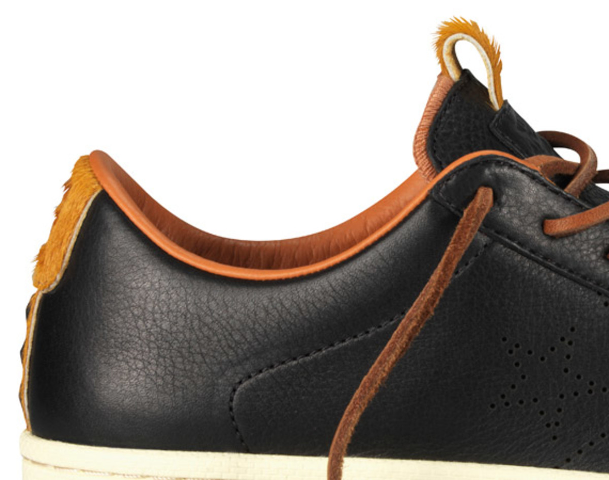 bodega-converse-first-string-pro-leather-holiday-2012-15