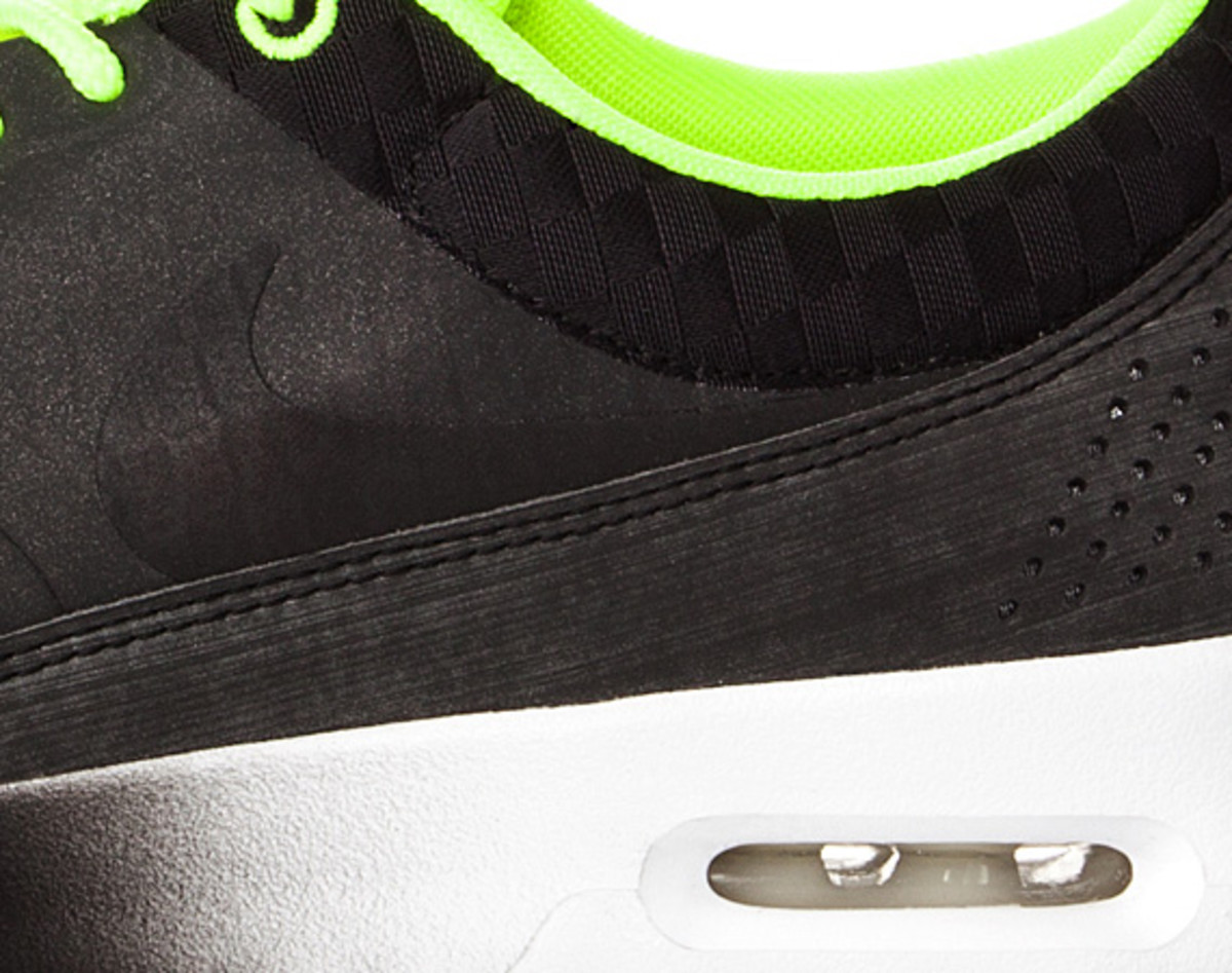 nike-air-max-thea-woven-unveiled-04