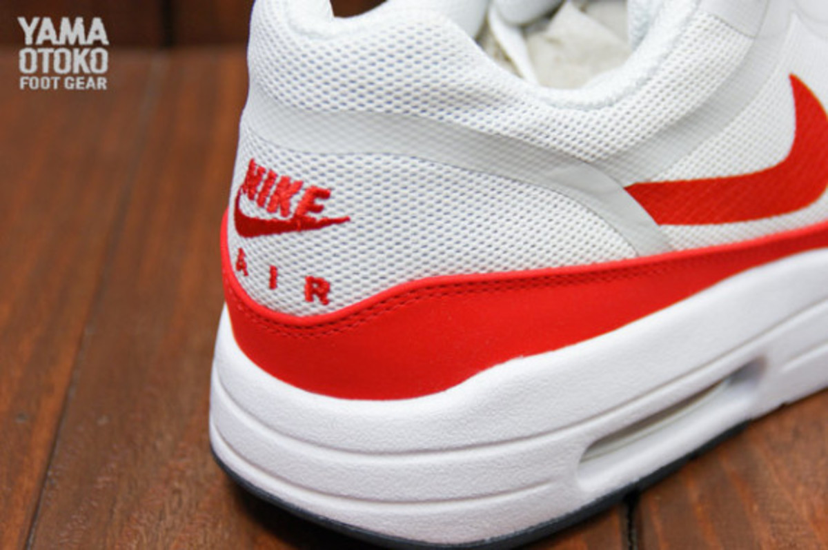 nike-air-max-1-tape-og-red-preview-07