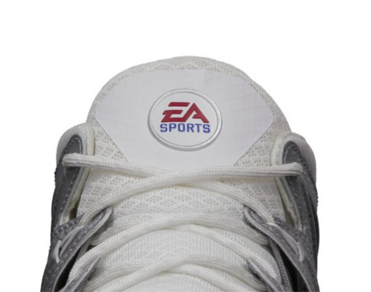 ea-sports-nike-free-trainer-7-madden-25-edition-01