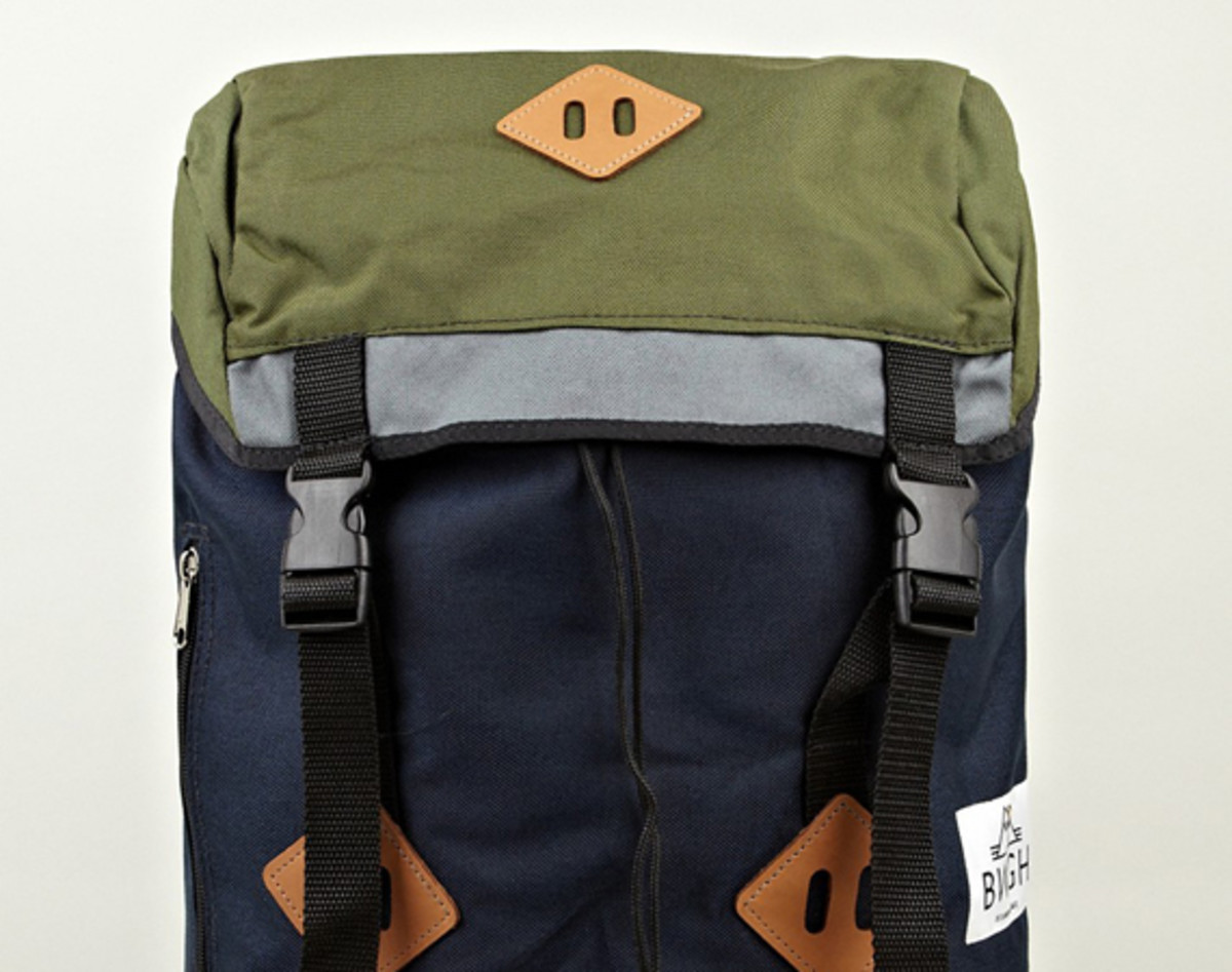 bwgh-drifter-bags-canvas-backpack-01