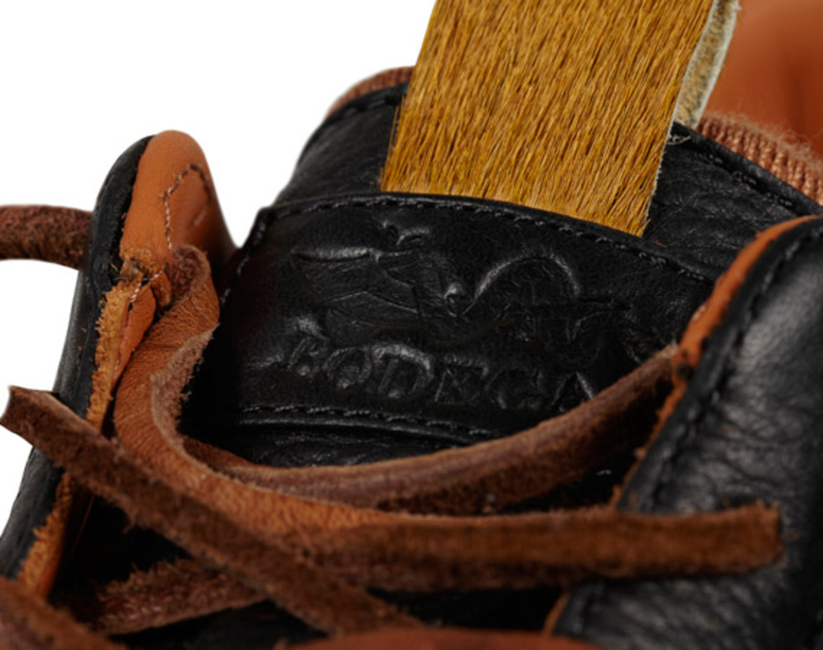 bodega-converse-first-string-pro-leather-holiday-2012-18