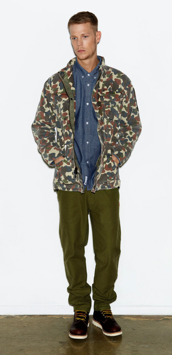 undefeated-holiday-2012-collection-lookbook-soldier-of-fortune-01