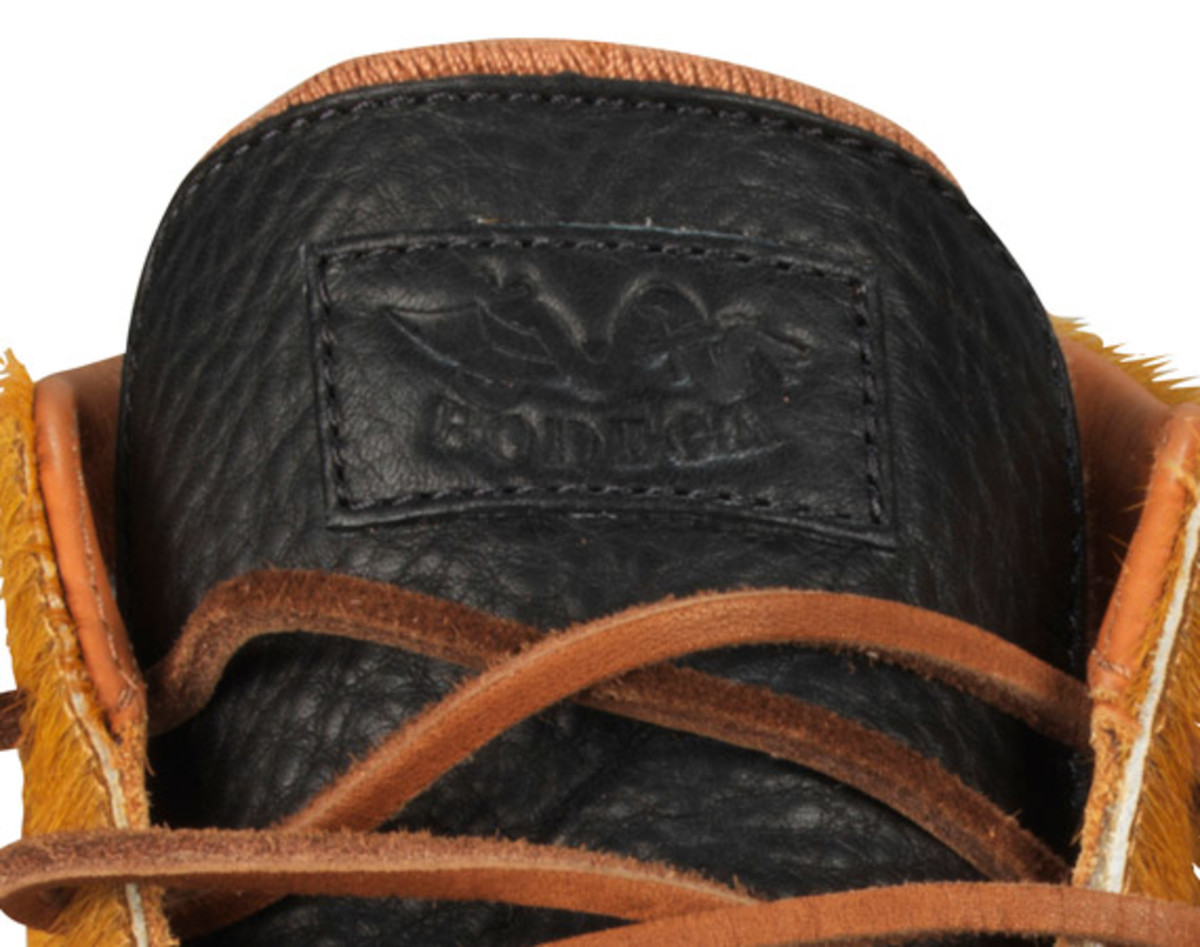 bodega-converse-first-string-pro-leather-holiday-2012-07