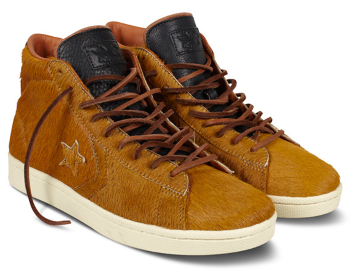 bodega-converse-first-string-pro-leather-holiday-2012-02