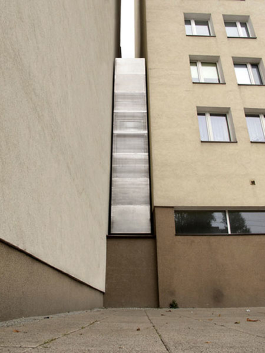 keret-house-worlds-thinnest-house-03