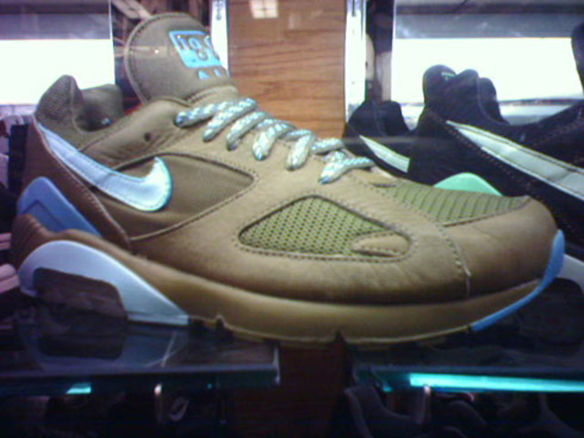 air_180_sample_olive.jpg
