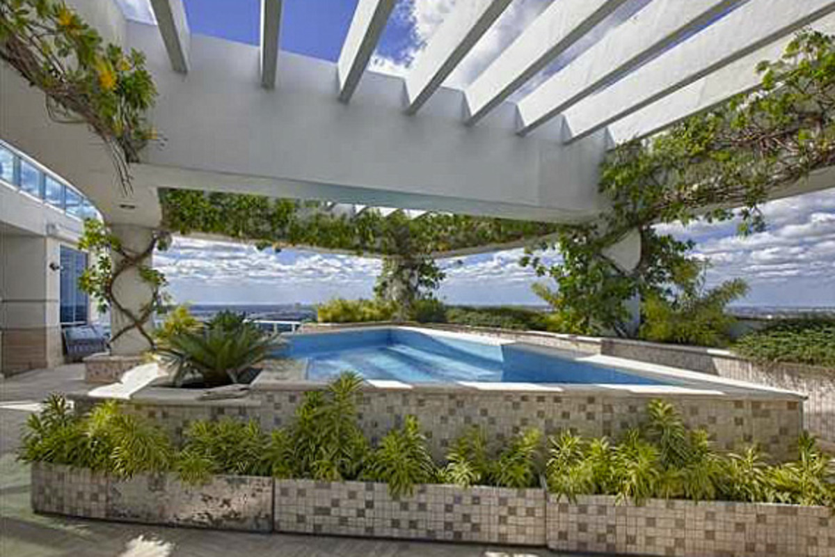 pharrell-williams-miami-home-for-sale-07