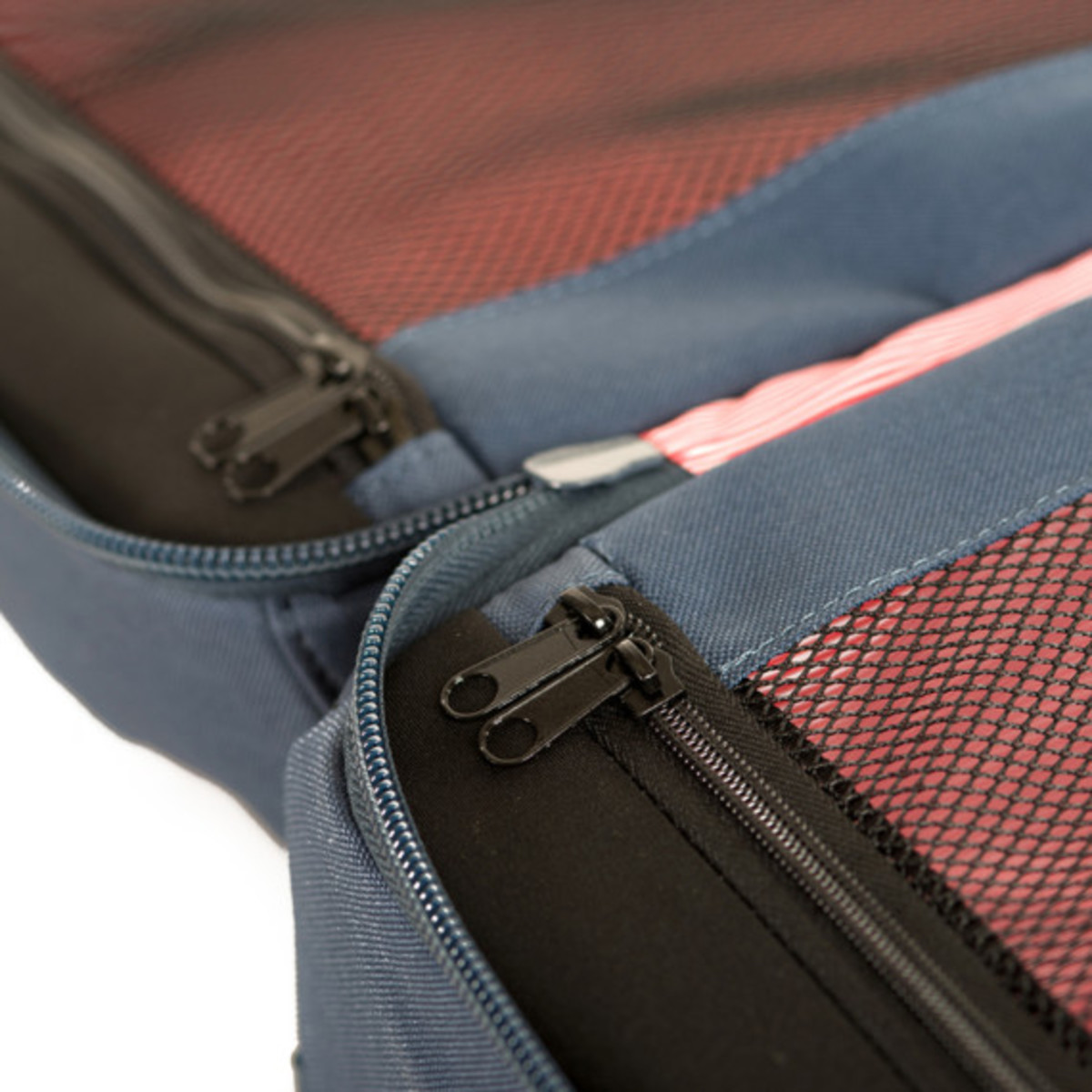 herschel-supply-co-fall-2013-travel-collection-16