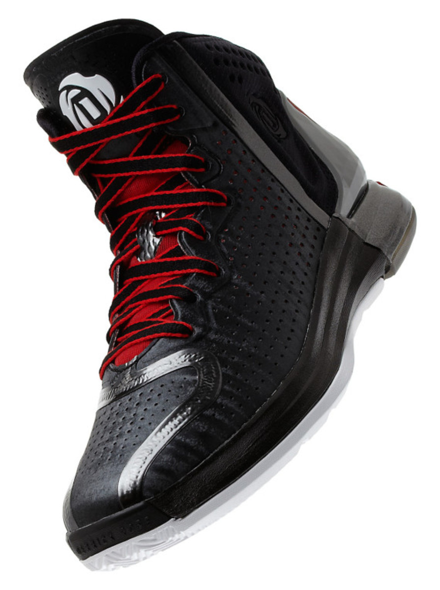 adidas-d-rose-4-and-apparel-collection-unveiled-17