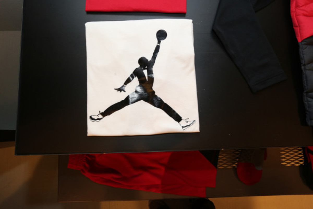 jordan-brand-holiday-2013-apparel-collection-preview-07