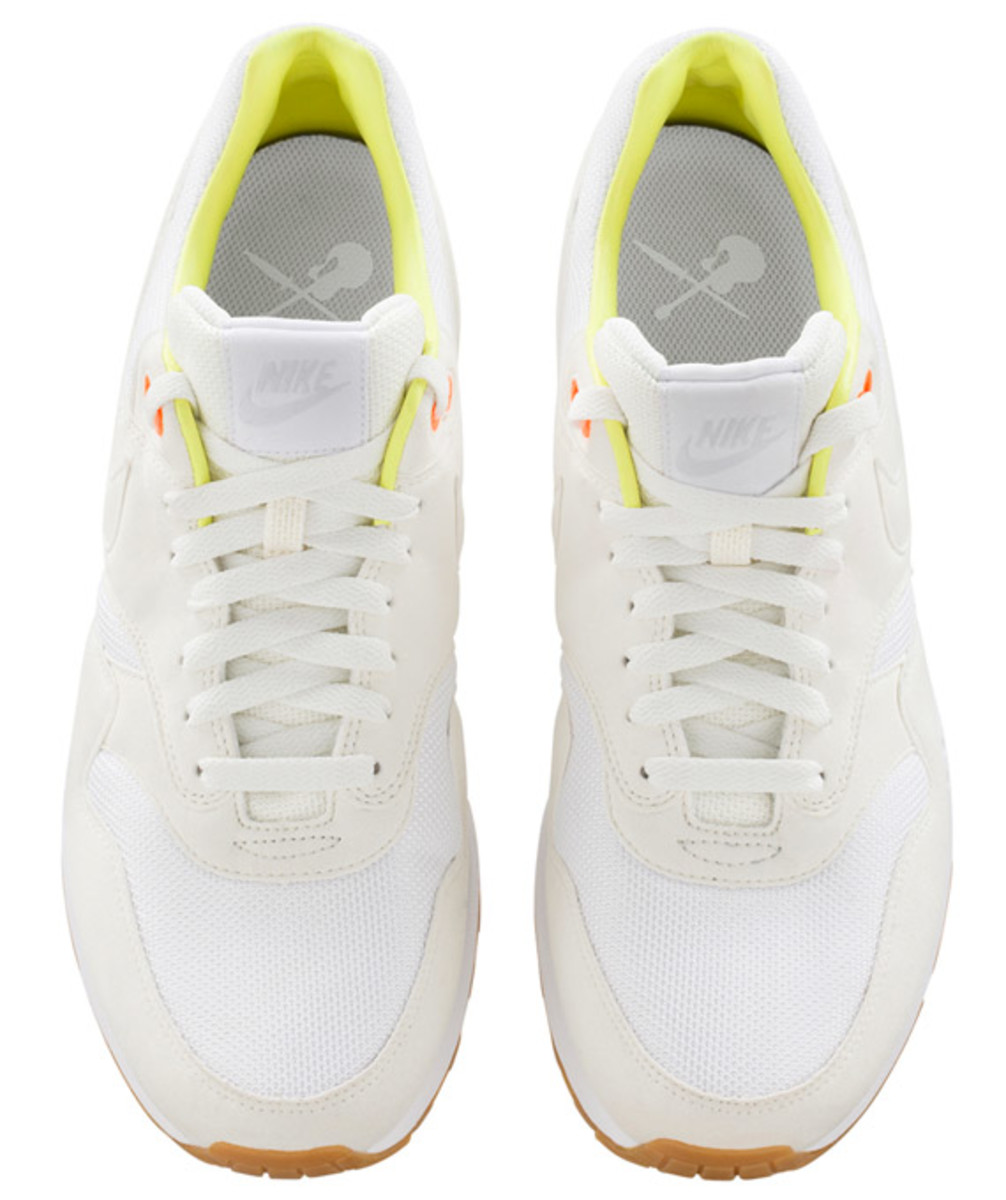 a-p-c-nike-air-max-1-fall-winter-2013-collection-07