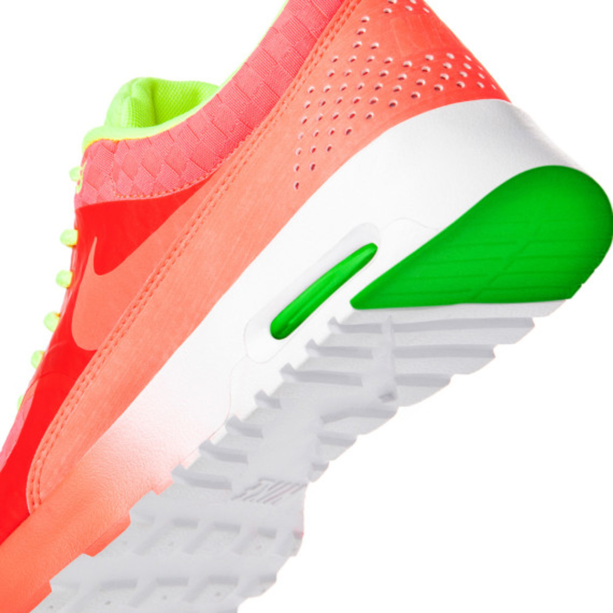 nike-air-max-thea-woven-unveiled-14