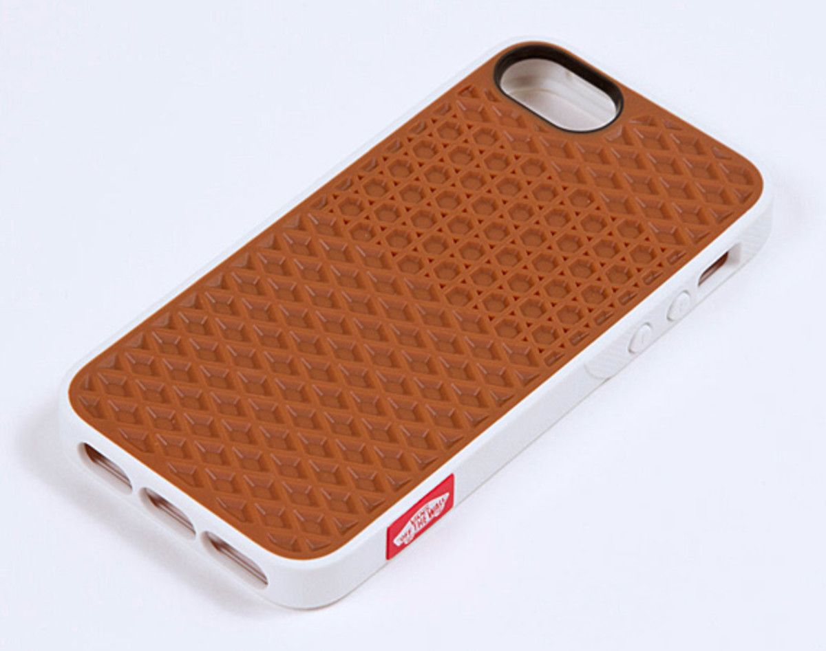 best service 60ac2 a443a Belkin x VANS Rubber Waffle Sole Cases for Apple iPhone 5 & iPod ...
