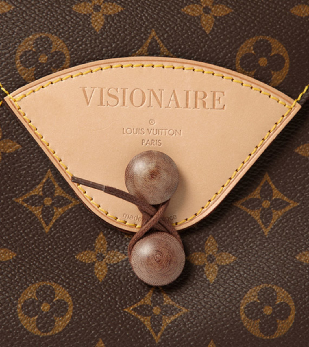visionaire-18-fashion-special-by-louis-vuitton-mr-porter-05