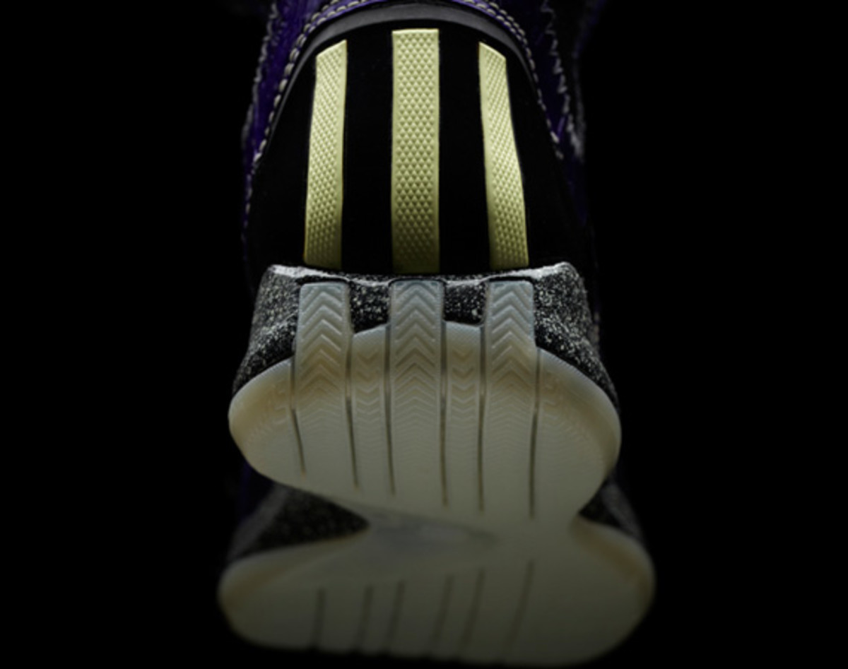 adidas-d-rose-3-nightmare-06