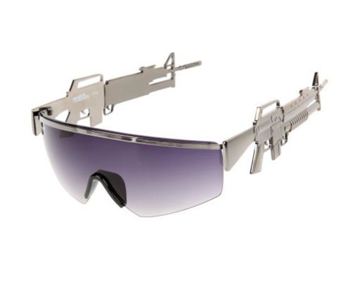 jeremy-scott-linda-farrow-machine-gun-sunglasses-04