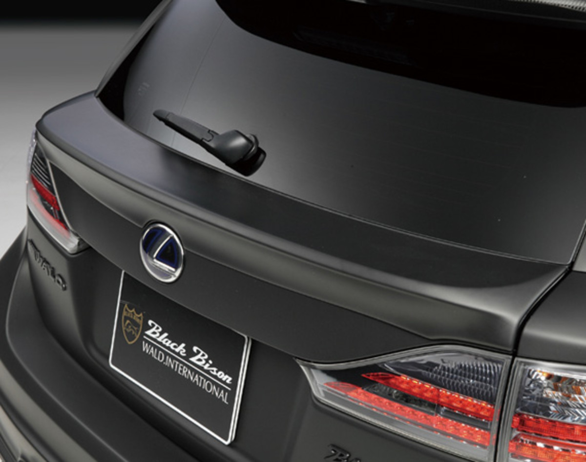 lexus-ct200h-zwa10-sports-line-black-bison-wald-international-15
