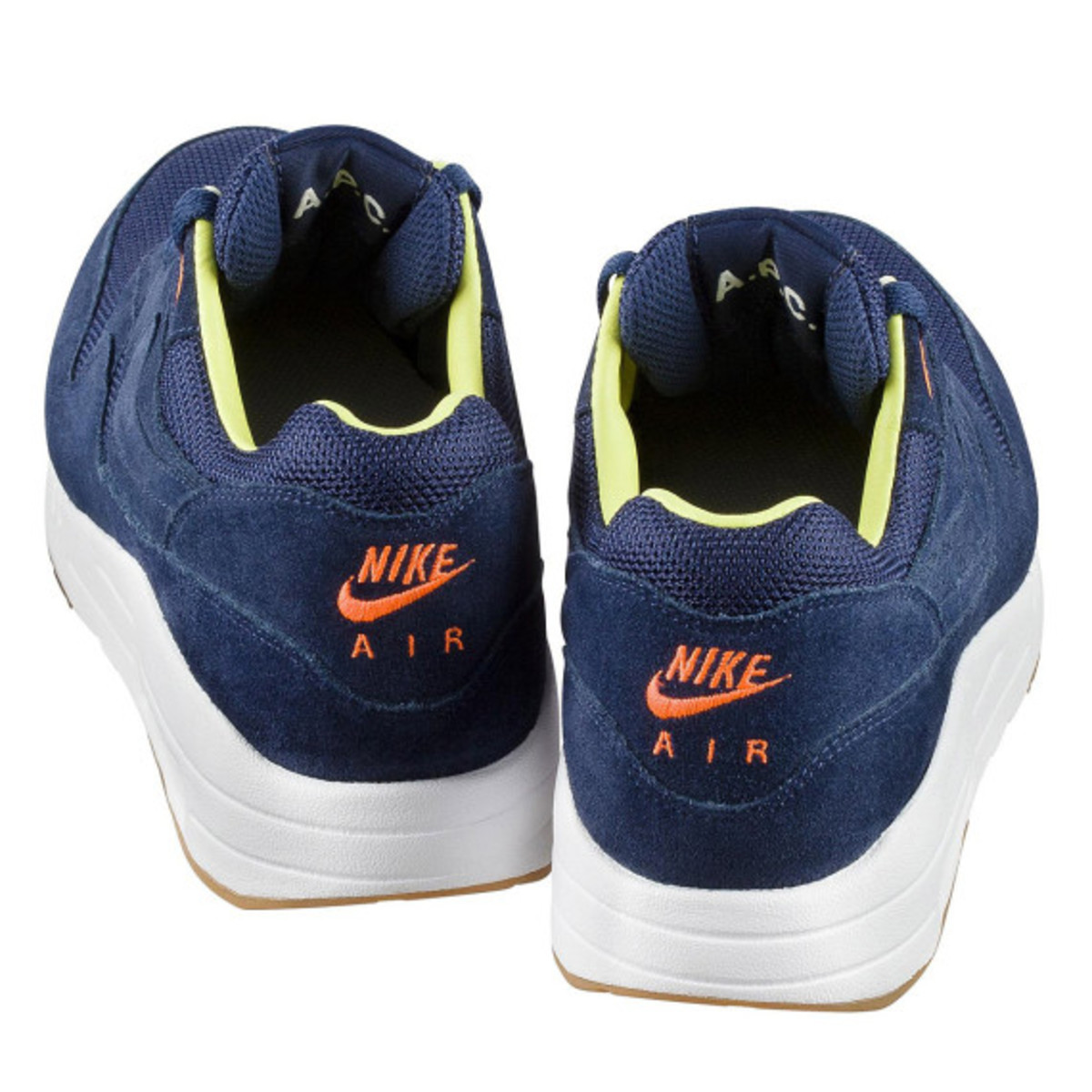a-p-c-x-nike-air-maxim-1-available-now-14