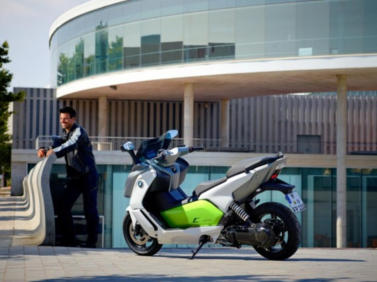 bmw-c-evolution-electric-scooter-40