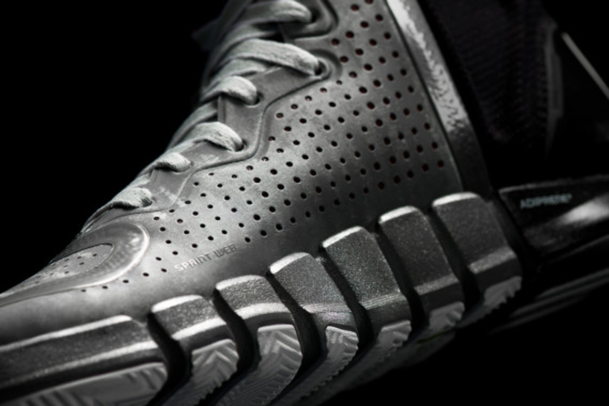 adidas-d-rose-4-and-apparel-collection-unveiled-04