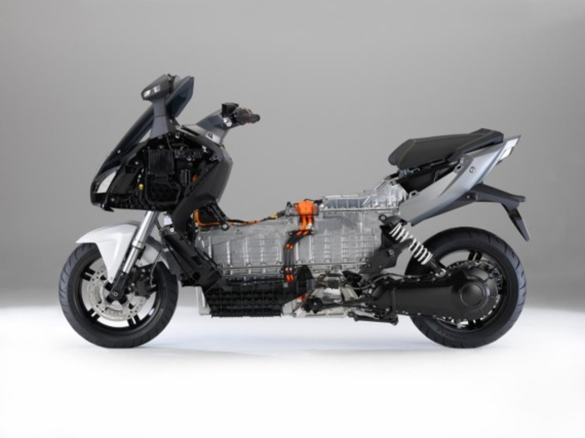bmw-c-evolution-electric-scooter-23