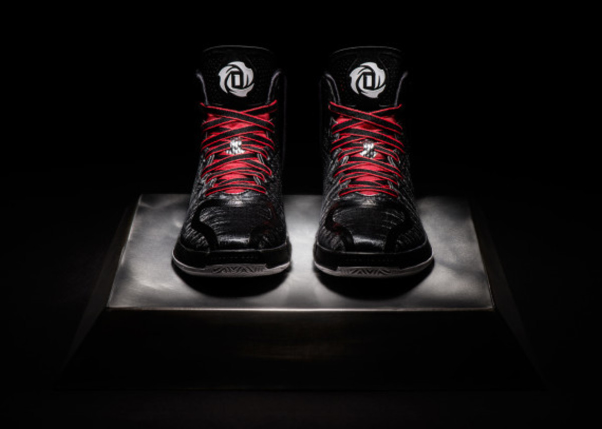 adidas-d-rose-4-and-apparel-collection-unveiled-14