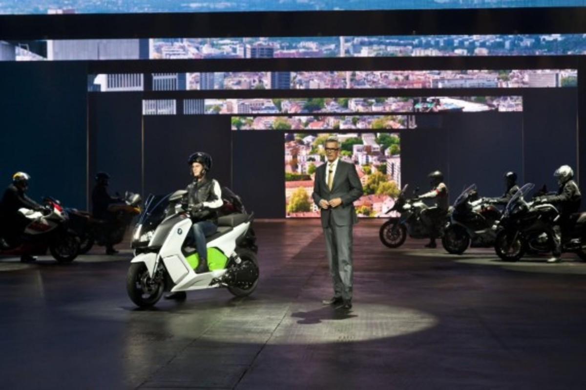bmw-c-evolution-electric-scooter-44
