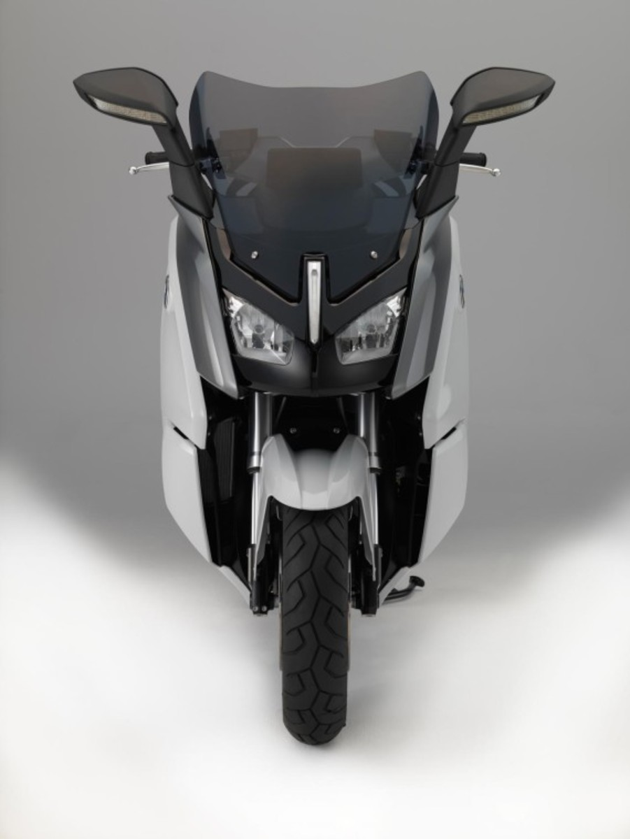 bmw-c-evolution-electric-scooter-13