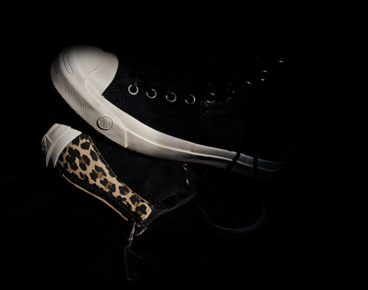 invincible-x-converse-first-string-jack-purcell-johnny-04