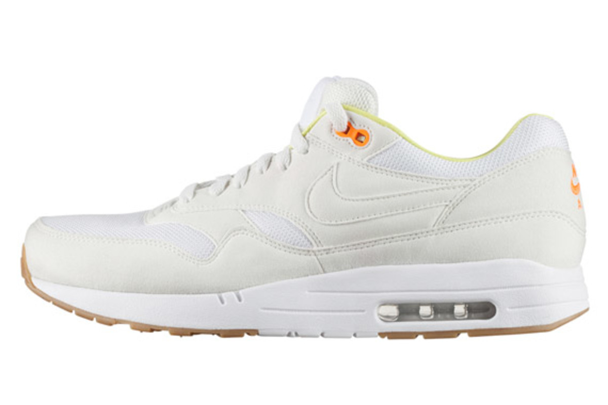 a-p-c-nike-air-max-1-fall-winter-2013-collection-03