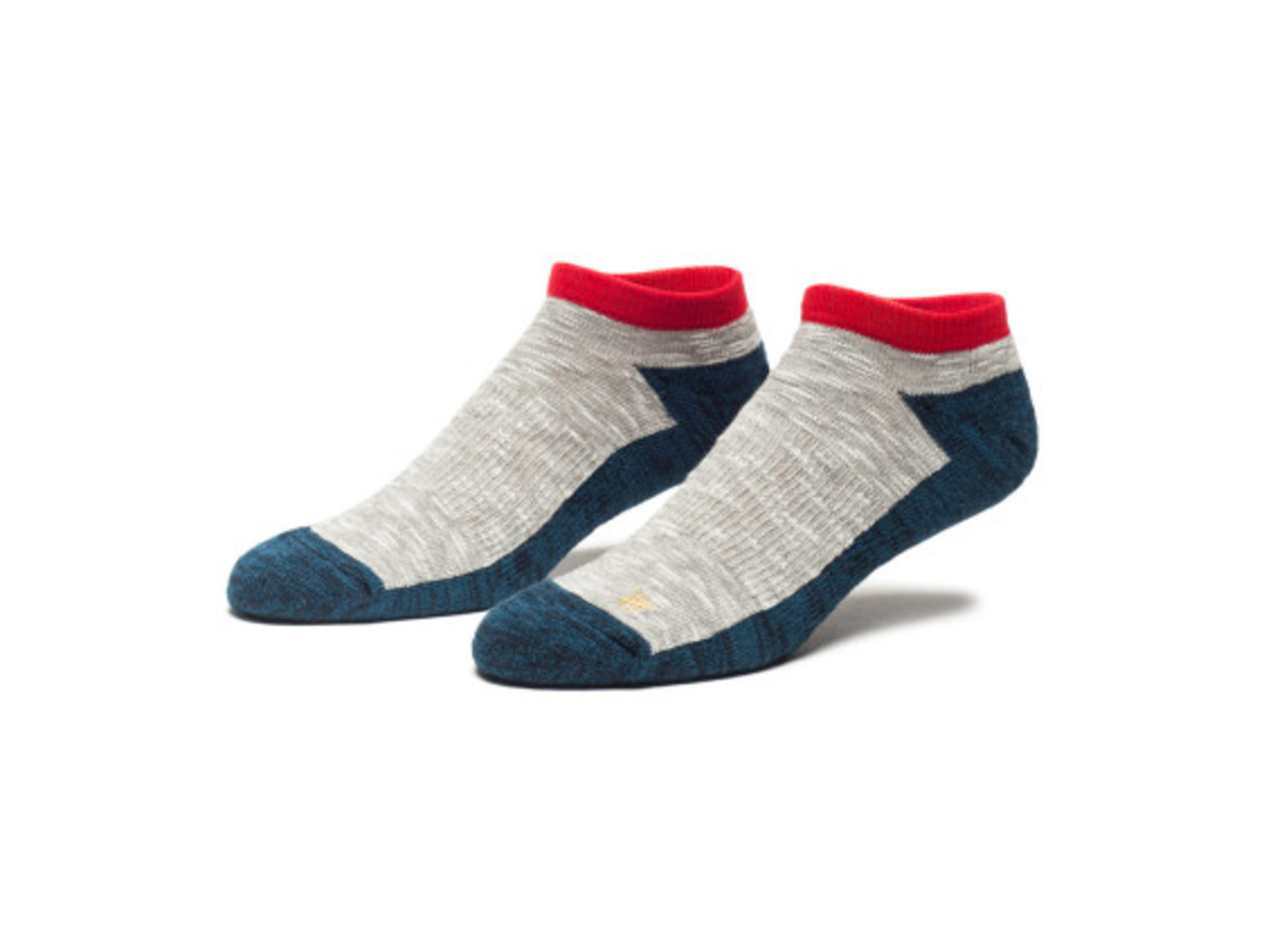 undefeated-fall-winter-2013-socks-016