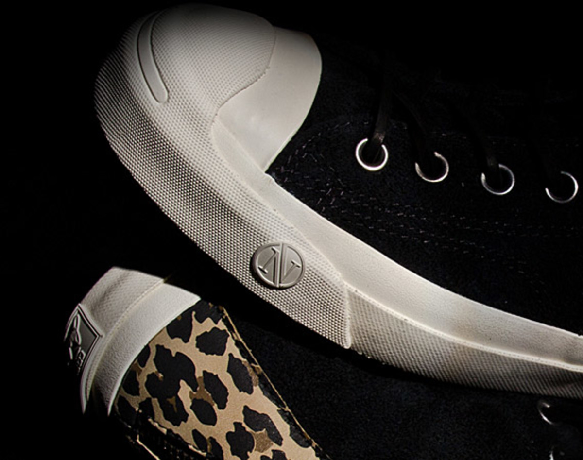 invincible-x-converse-first-string-jack-purcell-johnny-06