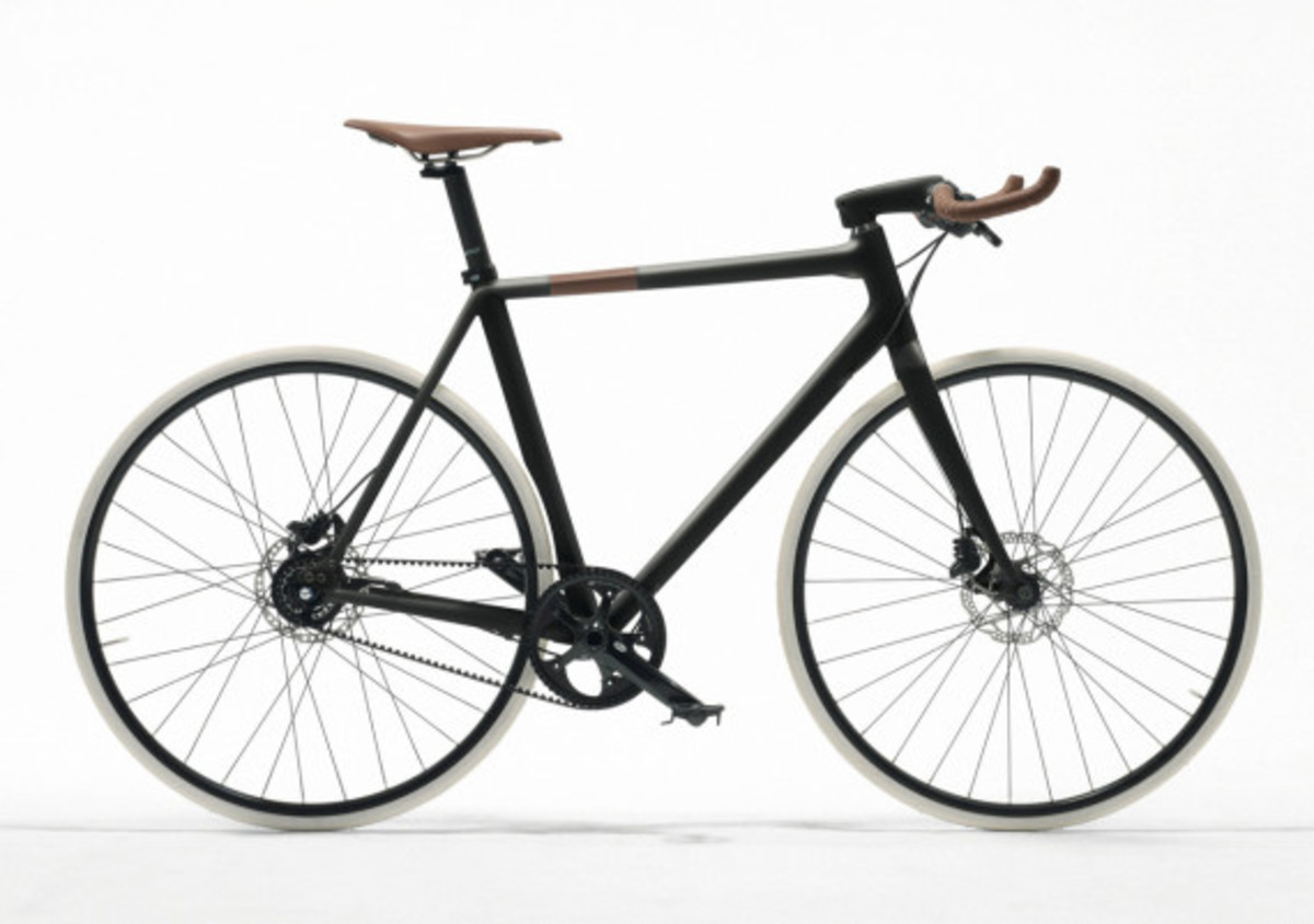hermes-to-introduce-luxury-carbon-fiber-bikes-02