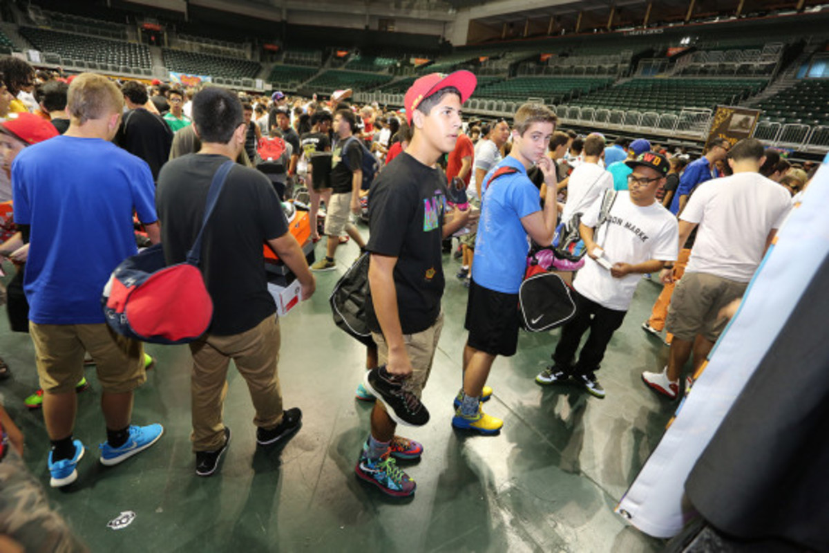sneaker-con-miami-october-2013-068