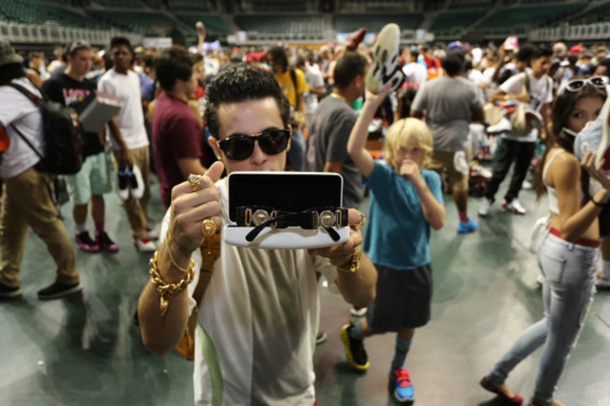 sneaker-con-miami-october-2013-070