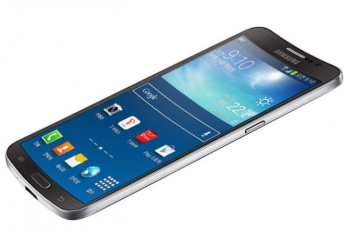 samsung-galaxy-round-worlds-first-smartphone-with-curved-display-04
