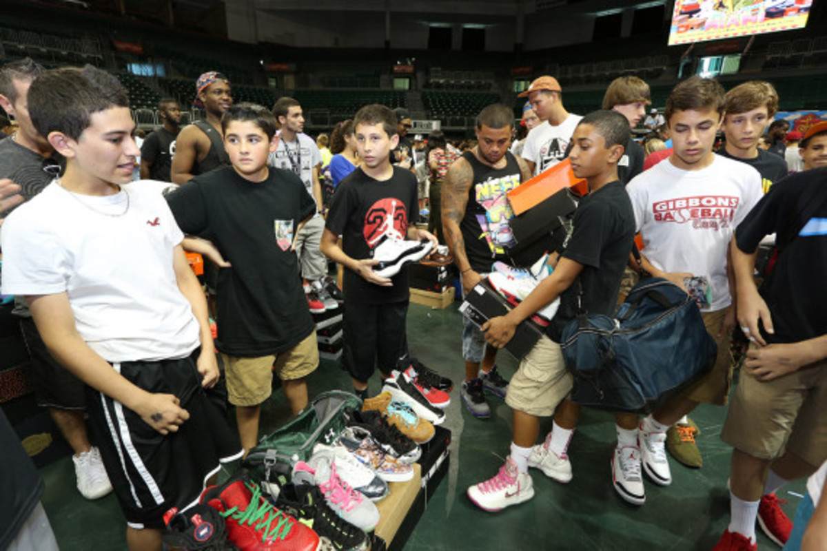 sneaker-con-miami-october-2013-059