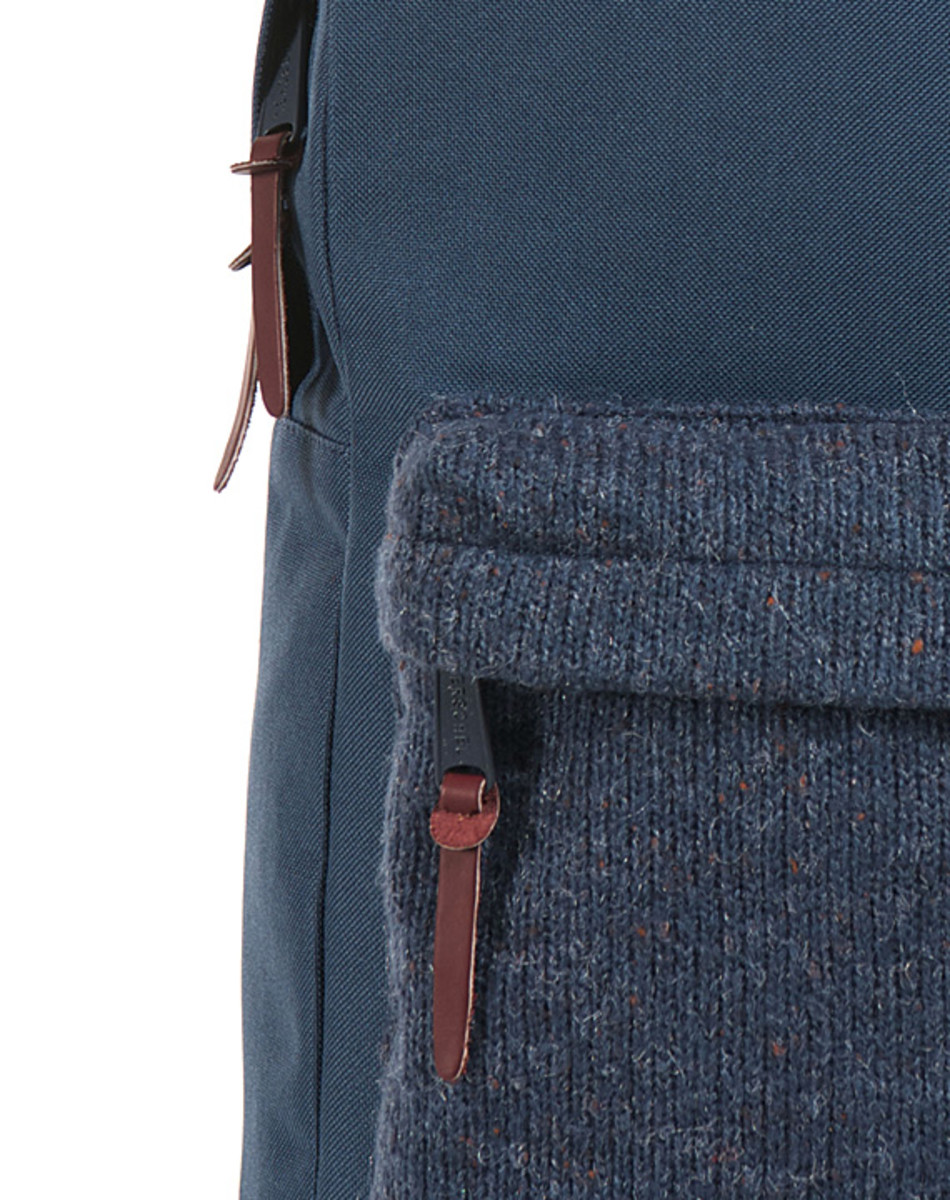 herschel-supply-co-knitted-woodside-packpack-08
