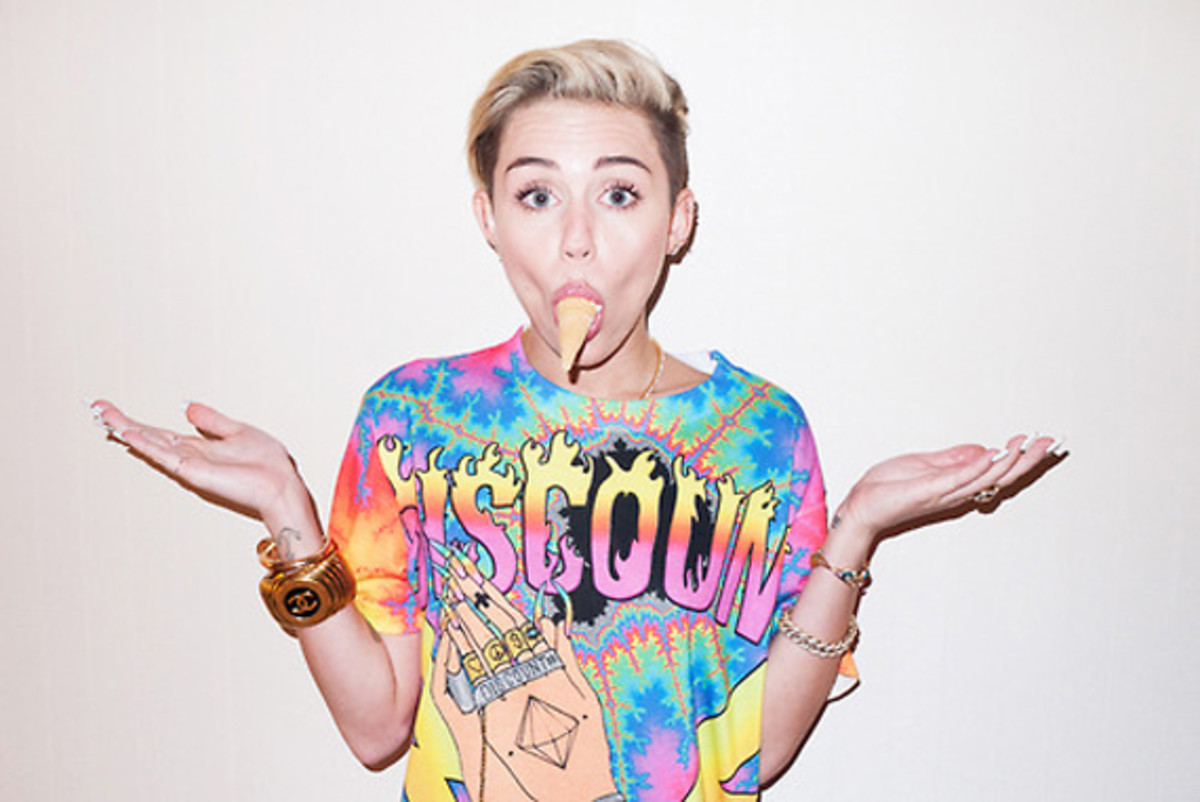 terry-richardson-another-miley-photoshoot-13
