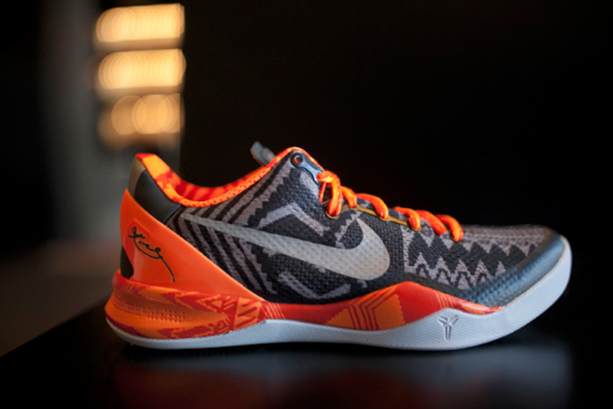 nike-black-history-month-collection-release-reminder-08