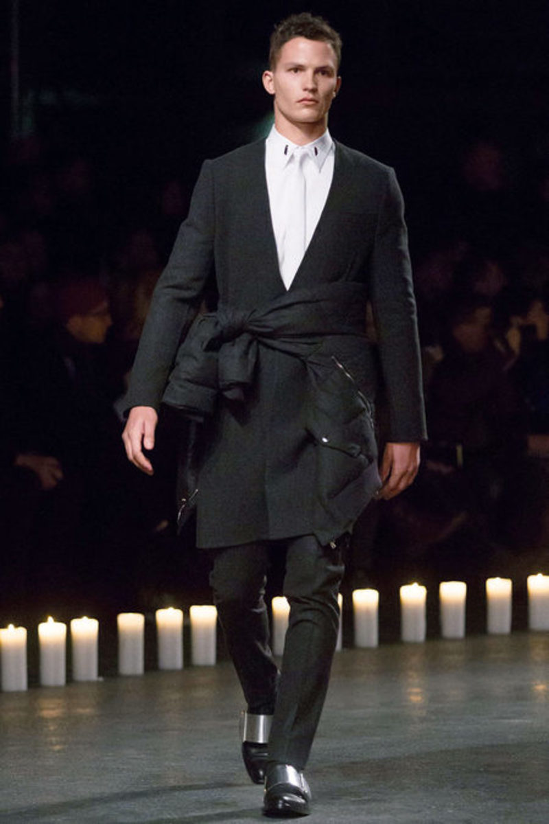 givenchy-fall-winter-2013-collection-runway-show-07