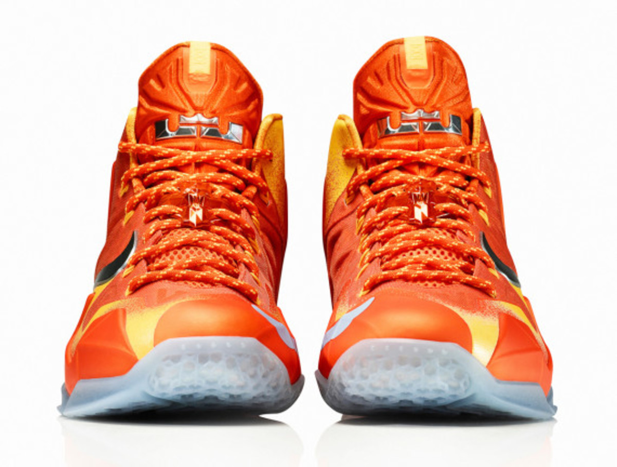 nike-lebron-11-forging-iron-officially-unveiled-06