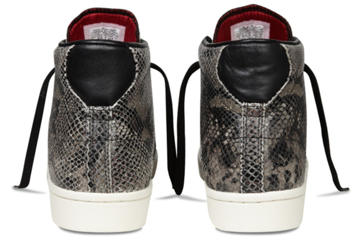 converse-pro-leather-year-of-the-snake-edition-17