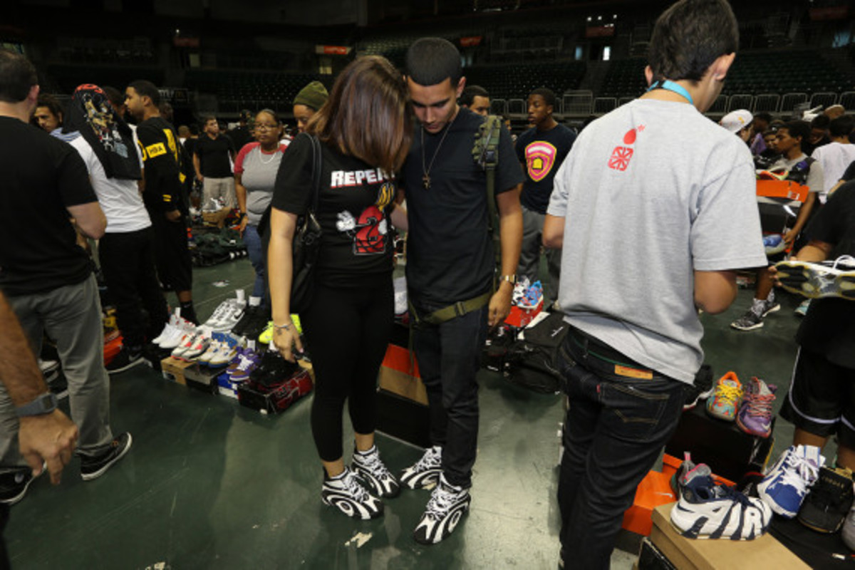 sneaker-con-miami-october-2013-042
