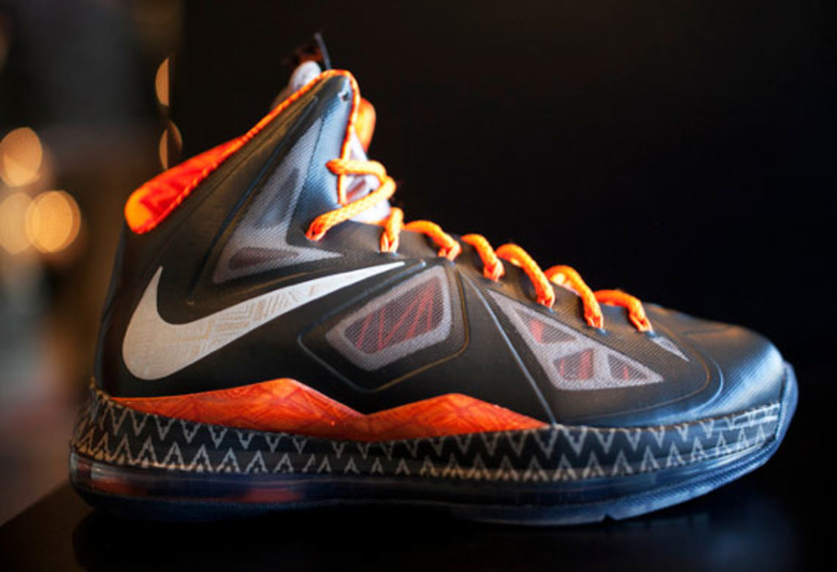 nike-black-history-month-collection-release-reminder-07
