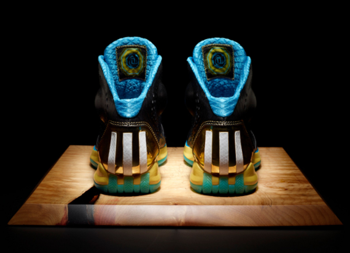 adidas-d-rose-3.5-year-of-the-snake-edition-04