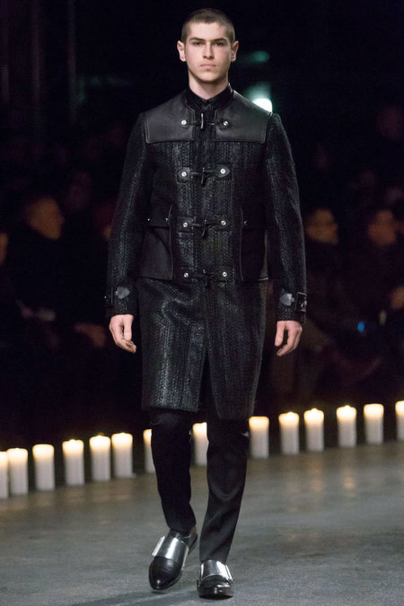givenchy-fall-winter-2013-collection-runway-show-17