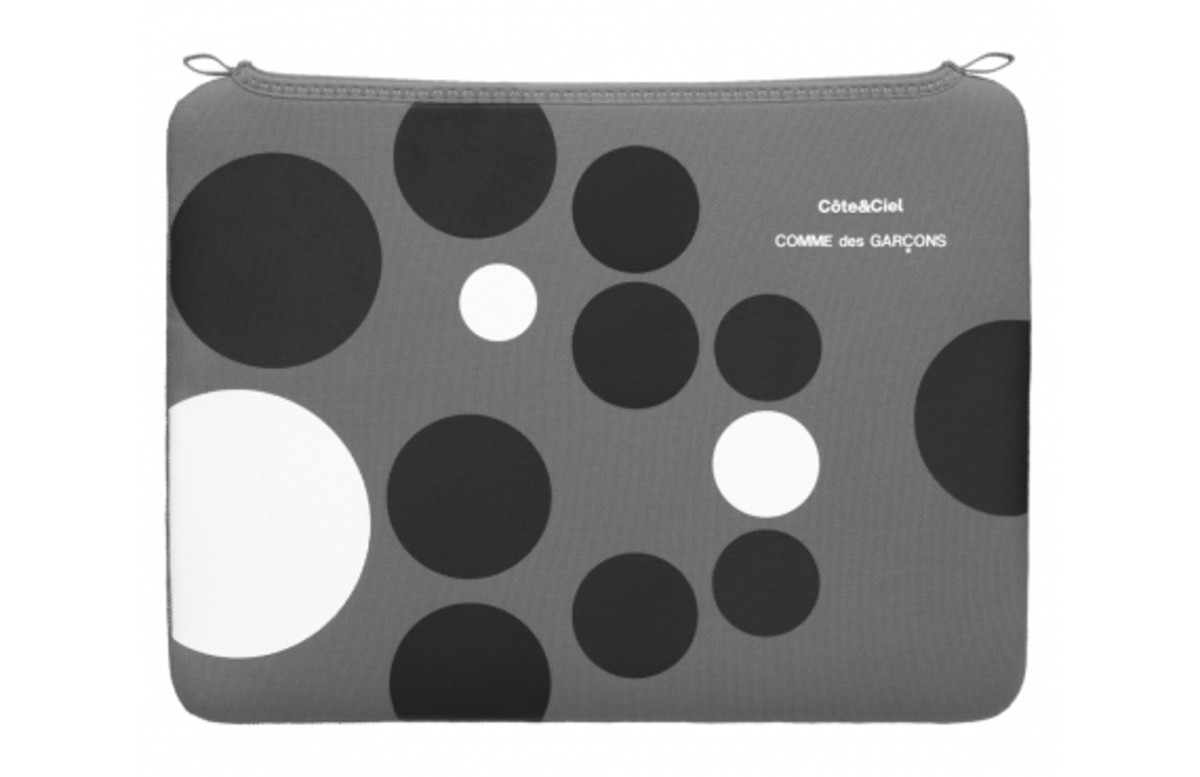 comme-des-garcons-cote-and-ciel-macbook-case-09